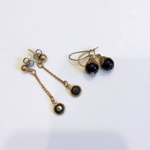 Vintage Mid Century Black and Gold Tone Earrings